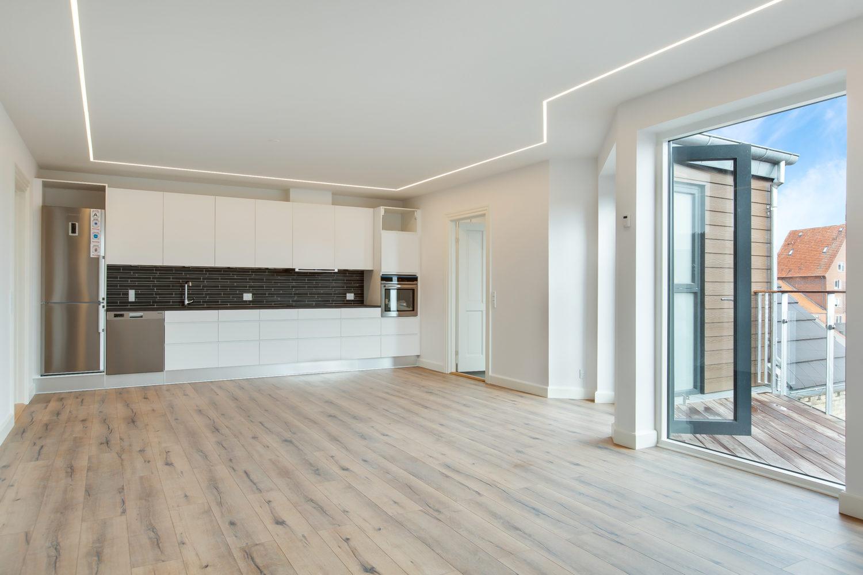 Vesterbro 21B, 3 sal, 3 værelser, 121 kvm
